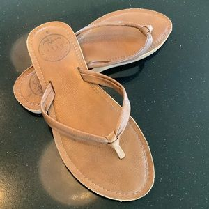 Reef brown leather flip flops